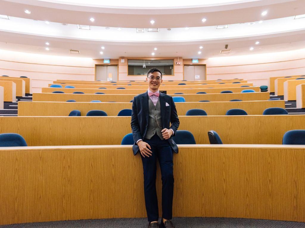 Presentation Lee McKing in Uni